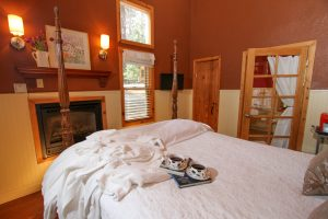 Elliott House Bed & Breakfast